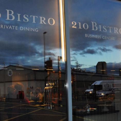 210bistro-reflection-1920x1280